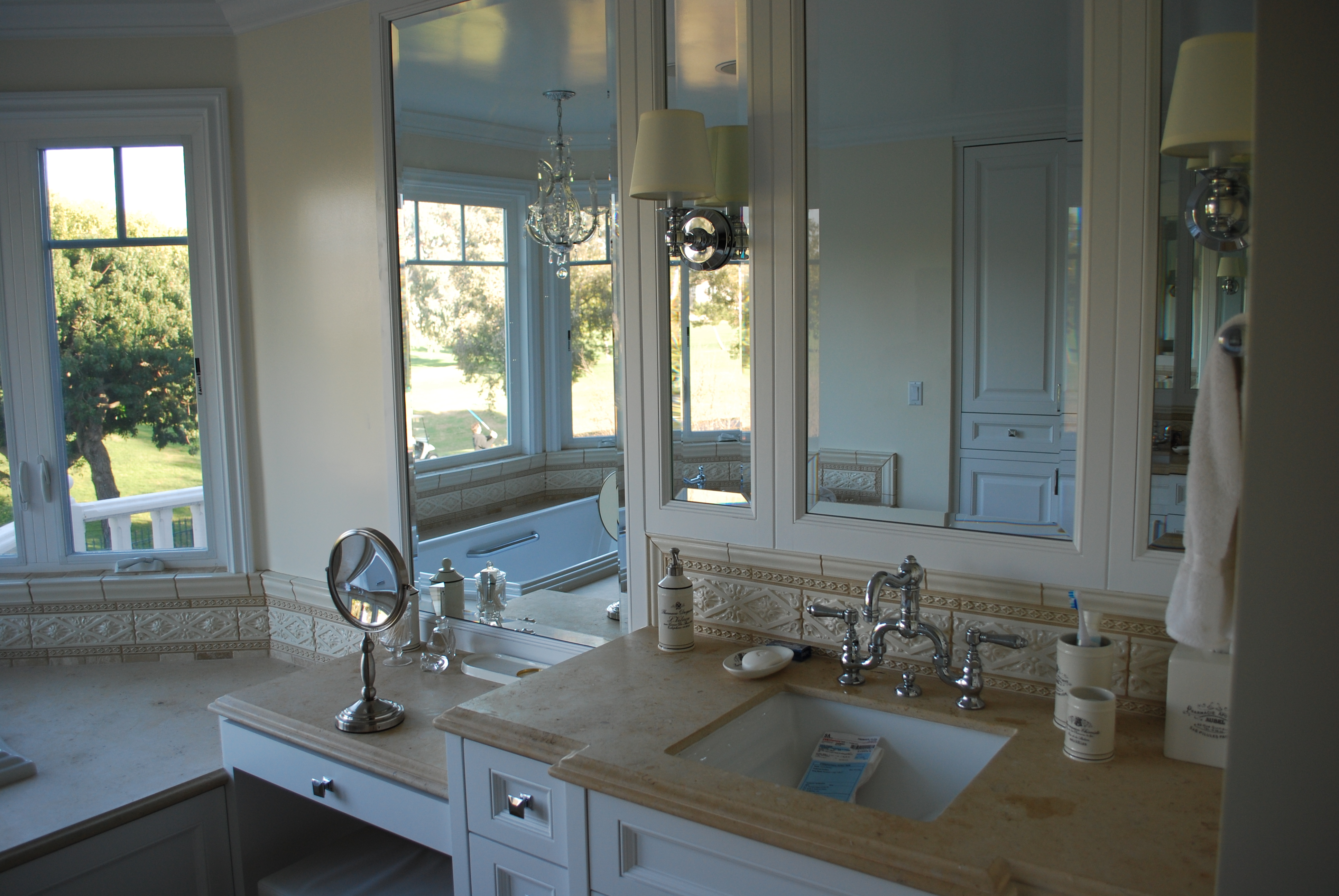 bevelled-bath-mirrors-2